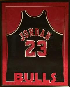 Bulls Jersey (Resized 800x600)